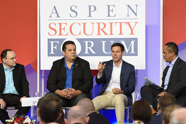 American Cybersecurity Experts: 'No Trespassing'