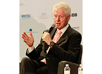 Bill Clinton: Education, Training are Keys to Improving Mexico's Economic Productivity